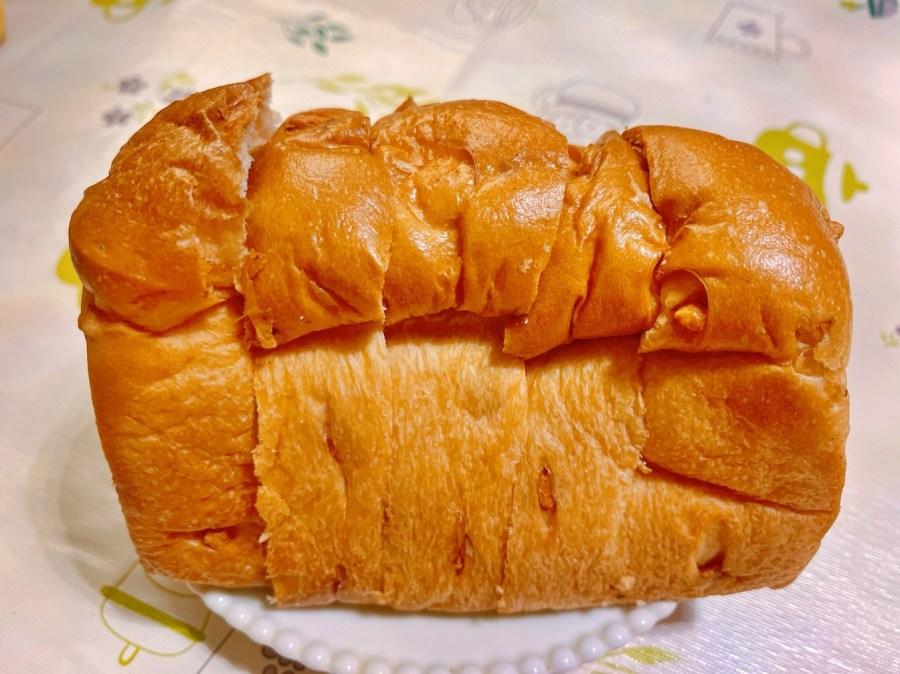 [龜山美食]彼得潘烘焙坊(Peater Pan)龜山分店|林口長庚附近好吃麵包店~推薦QQ牛奶糖吐司 @VIVIYU小世界