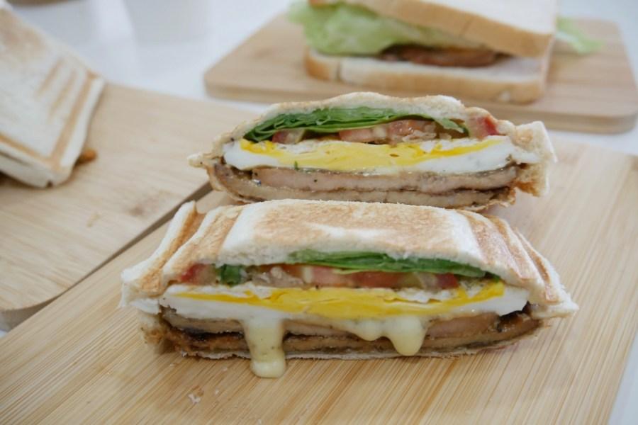 [桃園美食]什麼什麼.吐司|陽明公園附近巷弄之中的早午餐店~銅板美食.熱壓吐司 @VIVIYU小世界