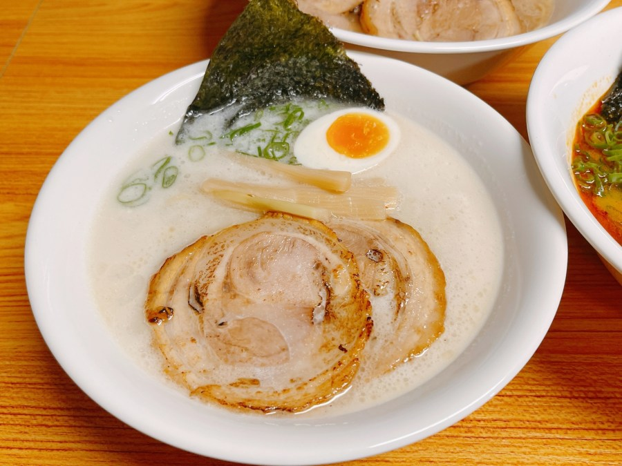 [桃園美食]湯禾拉麵|中山東路上平價日式屋台拉麵.免費加麵湯頭濃淡與麵條軟硬可調整 @VIVIYU小世界