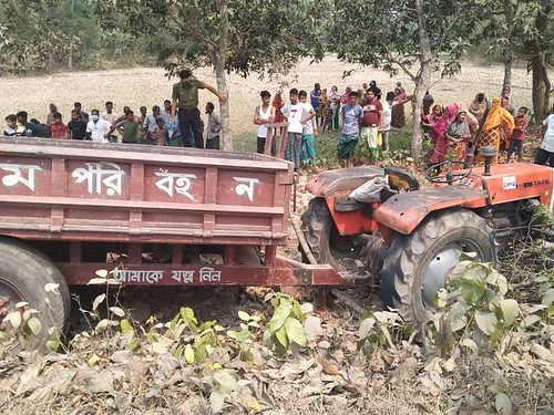 Gazipur-(1)- 29 March 2021-Road Accident At KPS (Two Worker Dead & Driver Injured)-1