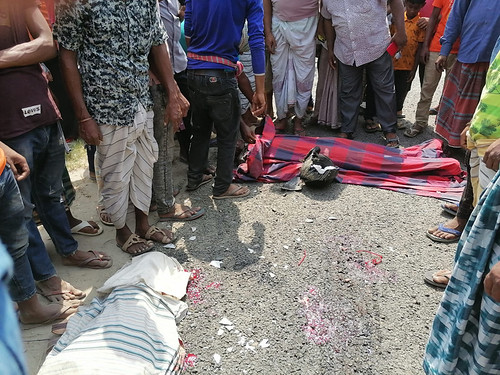 Pabna Road Accident, 2 Dead Pic-02