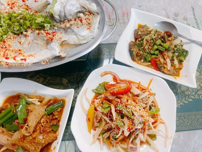 [八德美食]雲泰美食館|八德忠勇公園附近|大份量平價南洋風味異國合菜美食泰緬雲南料理推薦 @VIVIYU小世界