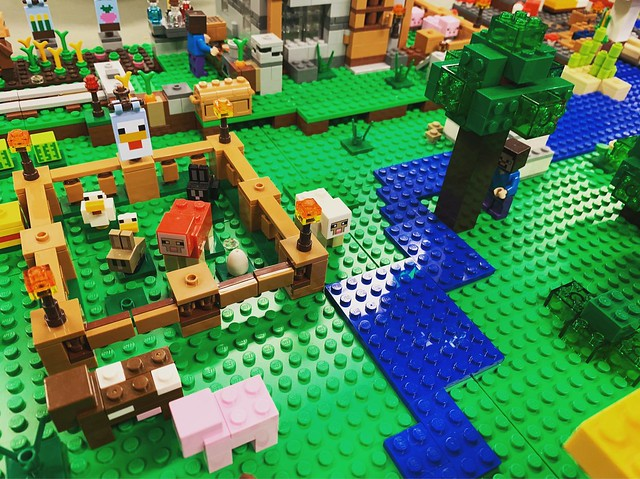 LEGO Minecraft Display