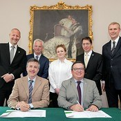 ESO and Irish Research Council sign studentship programme agreement