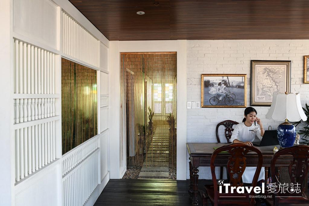 銀灘謝爾那飯店 Silverland Charner (100)