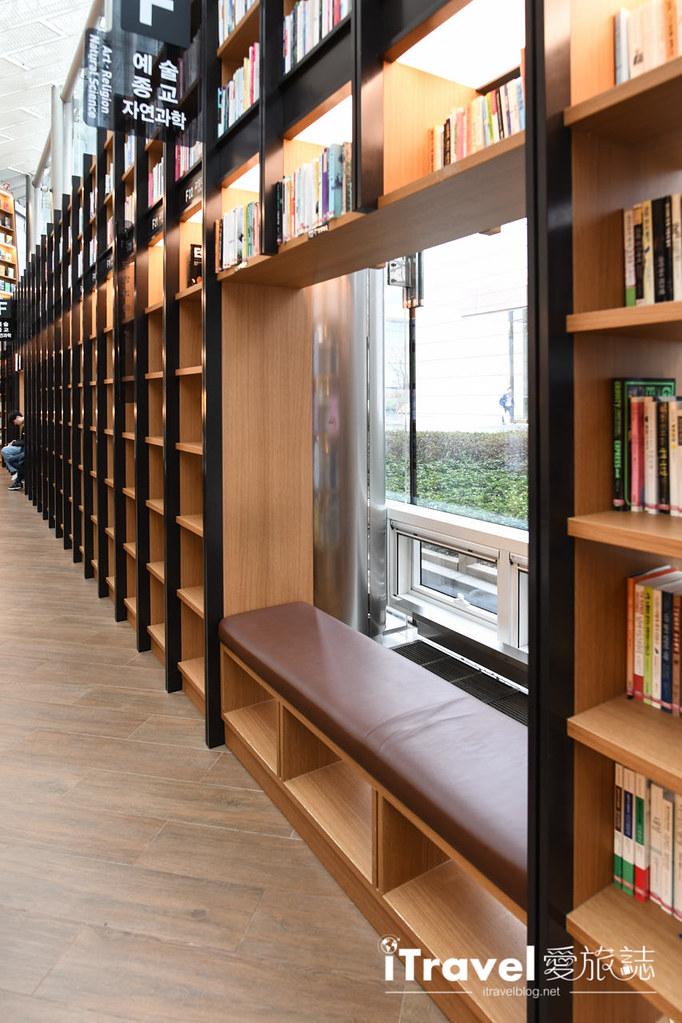 首爾星空圖書館 Starfield Library (28)