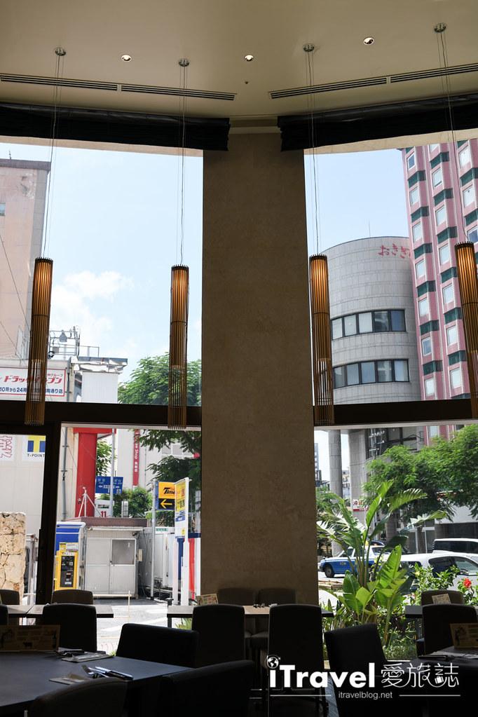 JR Kyushu Hotel Blossom Naha (57)