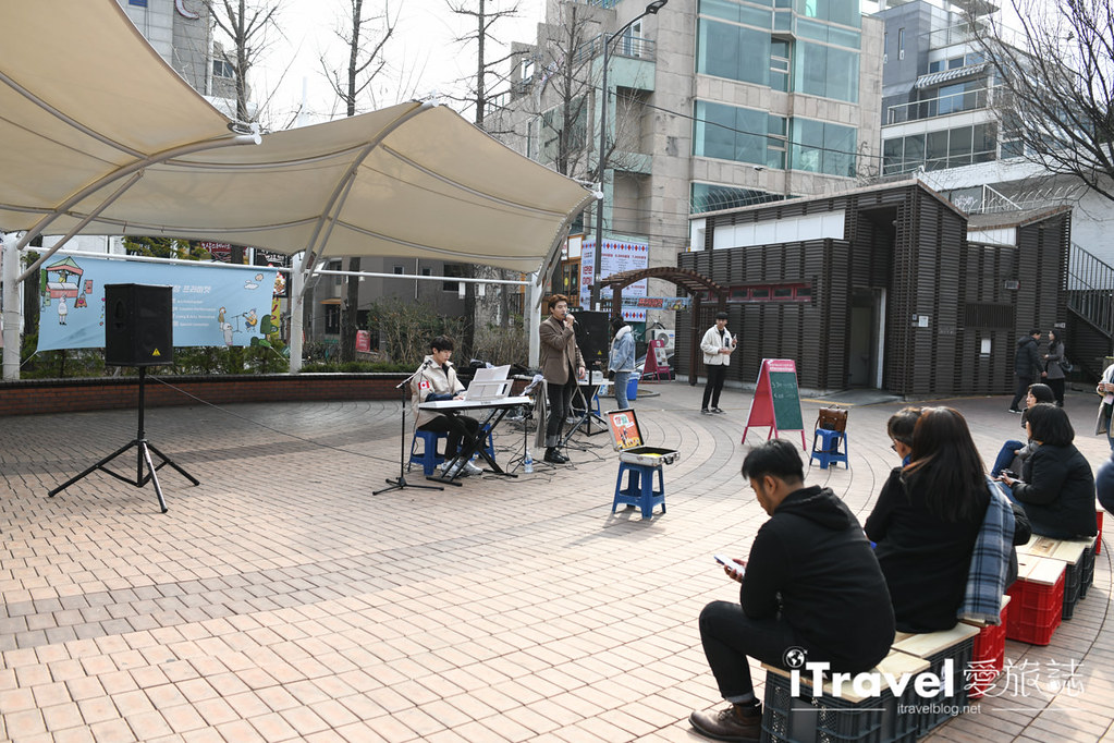 弘大自由市場 Hongdae Art Freemarket (29)