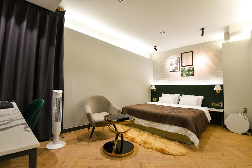 Den Basta Hotel bifc 3