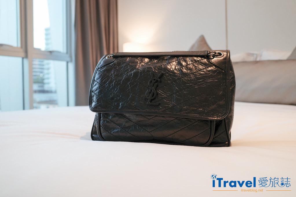 Saint Laurent Niki Bag Large (1)