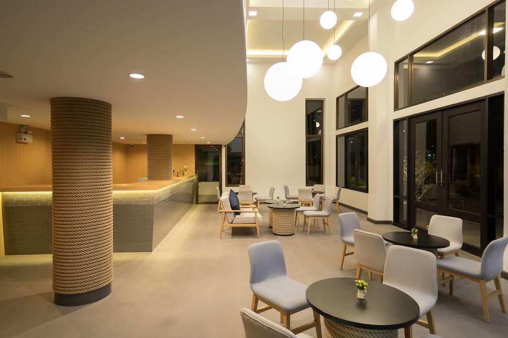 Oakwood Hotel Journeyhub Pattaya 2