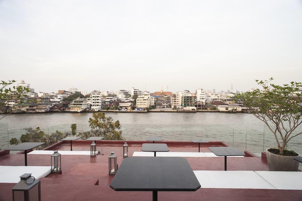 Amdaeng Bangkok Riverside Hotel 5