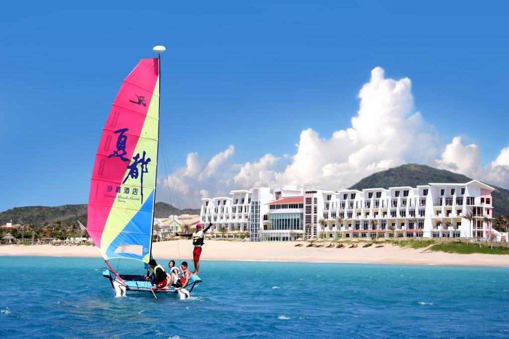 Chateau Beach Resort 1