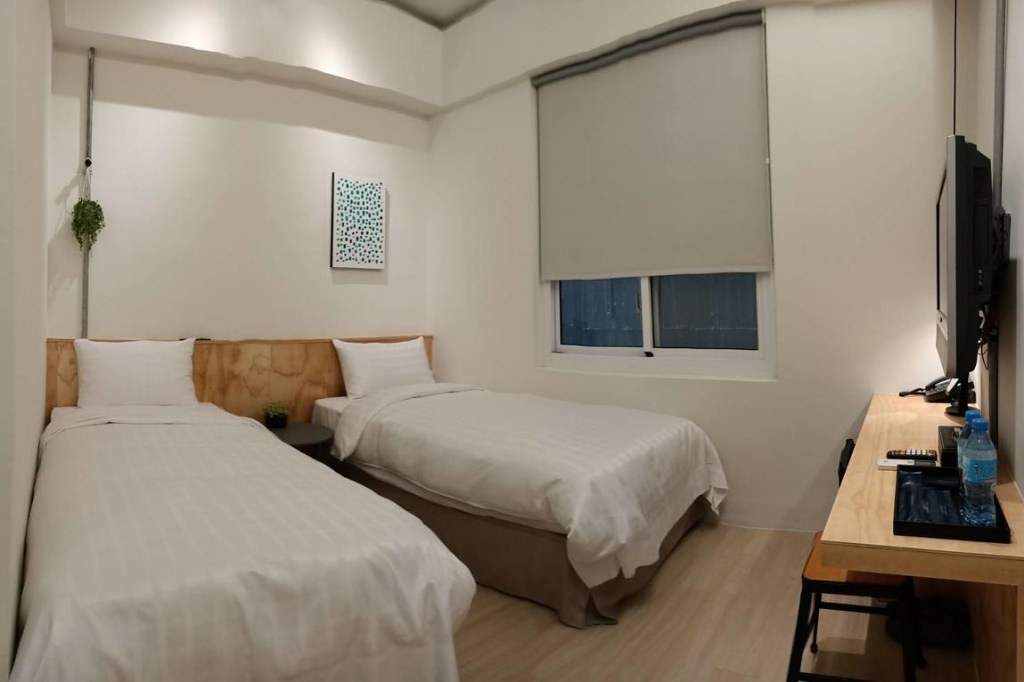 Home Rest Hotel 2 3