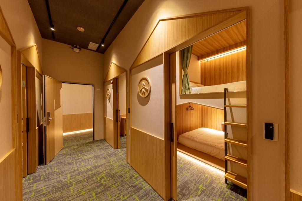 The Stay Capsule Hotel-Taoyuan Airport T2 3