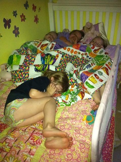 4 4-year-old Girls playing Night-Night