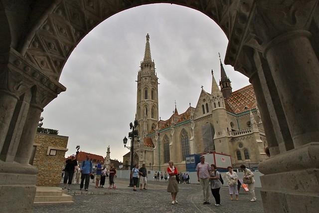 Vers l'église Matthias, Budapest
