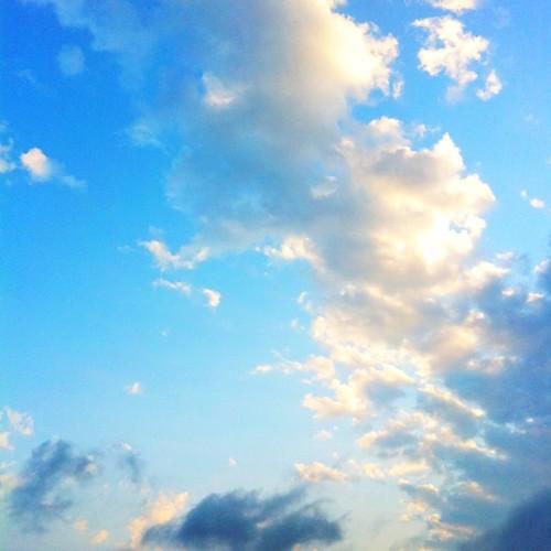 青空をどうぞ! #sky #iphonography #instagram