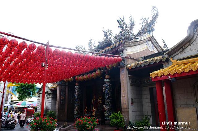 旗津天后宮的紅燈籠一整串掛起來很漂亮。