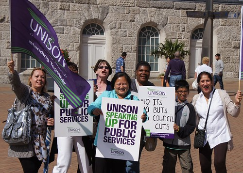 30/06/11 30th June PCS & UNISON early morning pickets and protests Birmingham city centre
