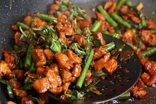Thai Basil Chicken w/chinese long beans