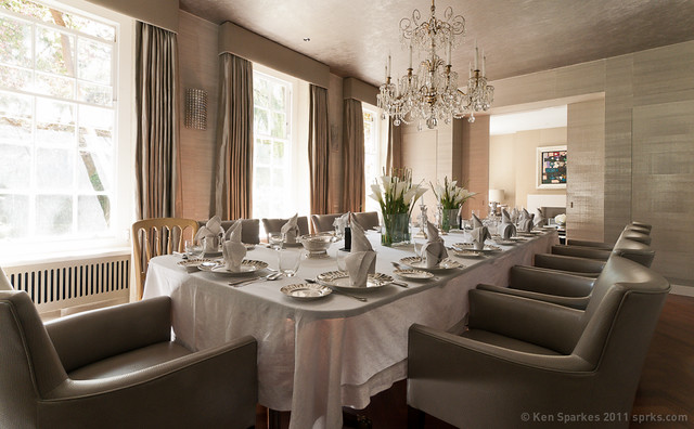 Beautifully laid dining room in ST John's Wood, London