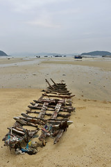Boat Skeleton, Cô Tô Island