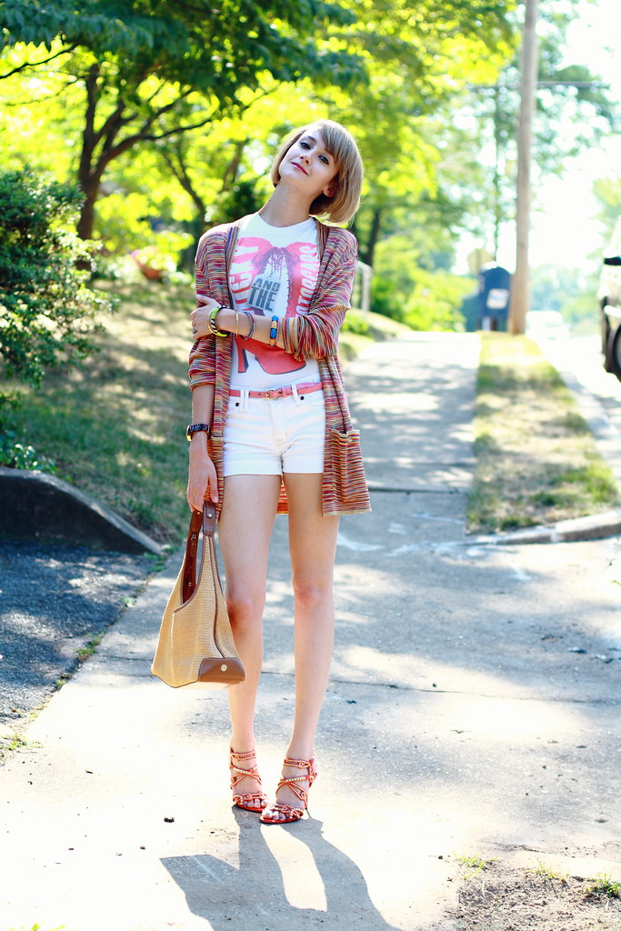ruby boots tee