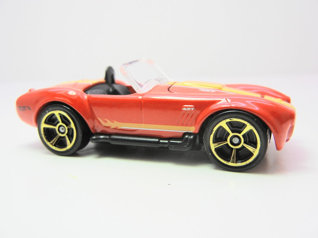hot wheels shelby cobra 427 sc red (2)