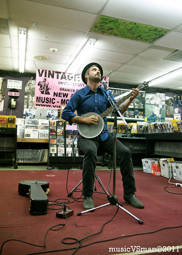 William Elliott Whitmore @ Vintage Vinyl - 07.28.11