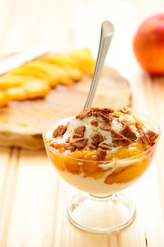 Nectarine Sundae - July 20, 2011 by TripleScoop