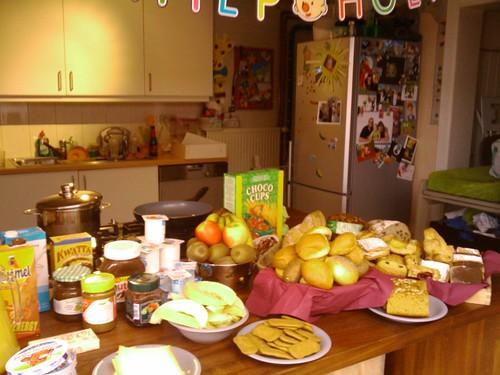 Verjaardagsontbijt, hier wil ik ook wel komen eten #louwordt2