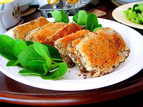 Homemade seitan cutlets