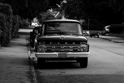ford (Photo: TeodorJorsin on Flickr)