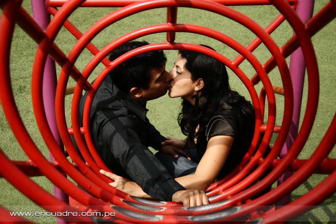 fotos novios peru enamorados