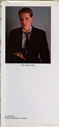 Bret Eston Ellis, Meno di zero. Pironti 1986. Risvolto della prima di sovracoperta. (ill. fotog. col.: ritratto dell'autore); prima edizione, nuova sovracoperta.