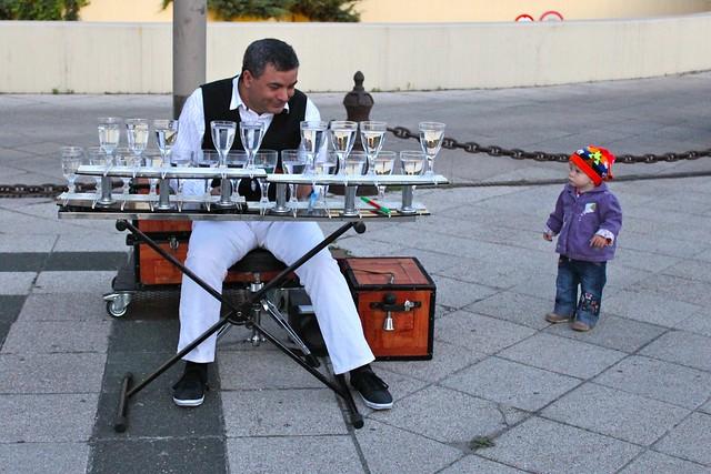 Musicien et son fan, Budapest, Hongrie