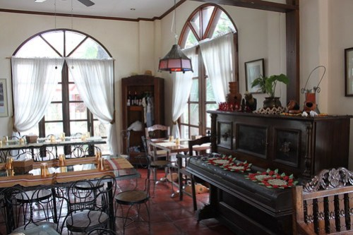 Inside Herencia Cafe