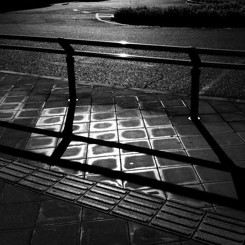 バス停にて。 #bwlove #iphoneography #instagram