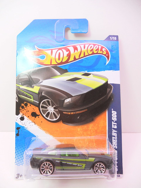 hot wheels '07 ford shelby gt500 grey (1)