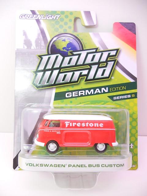 greenlight motorworld german edition volkswagen panel bus custom (1)