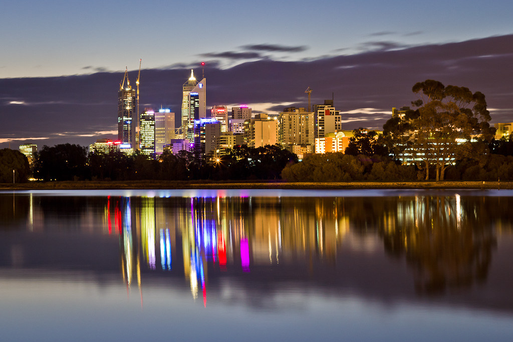 J66 / La Carte Postale : Perth by Night