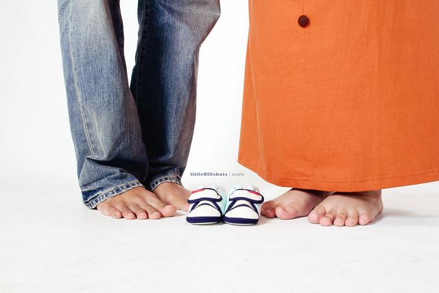 We're Expecting! | Maternity Studio Portraiture