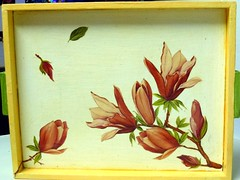vassoio in legno decorato