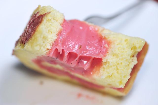Sakura Roll Cake