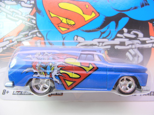 HOT WHEELS NOSTALGIA DC COMICS SUPERMAN '64 GMC PANEL (2)