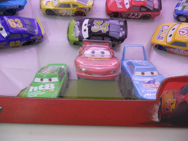 disney cars disney store racer v1 10 car set (4)