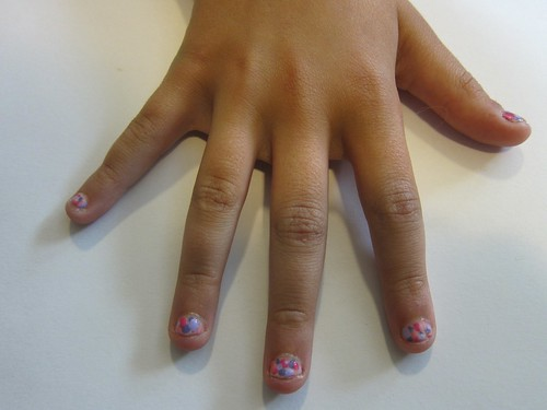 Sym's Dot Nails