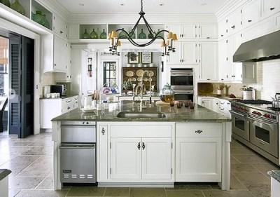 Jackie Lanham huge country kitchen