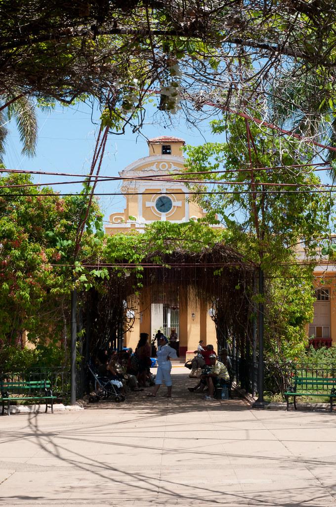 Garden overhang, Trinidad, Cuba